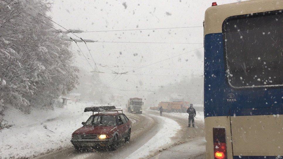 НаАнгарском перевале остановлено движение троллейбусов