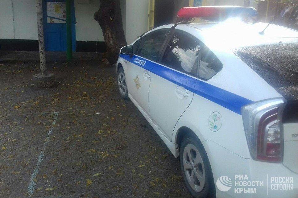 Полицейская машина в селе Виноградное (Алушта), где повредили газопровод