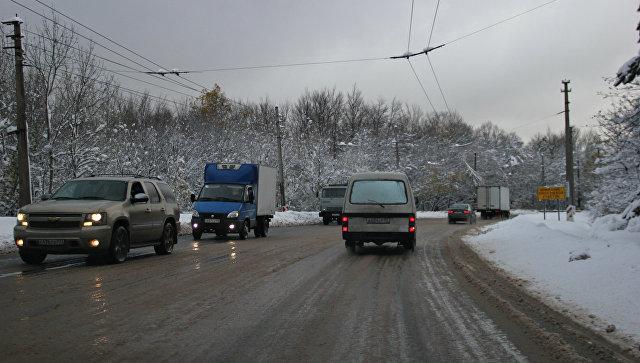Снег на Ангарском перевале. Архивное фото