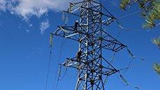 Энергетики демонтируют поврежденную под Алуштой опору ЛЭП