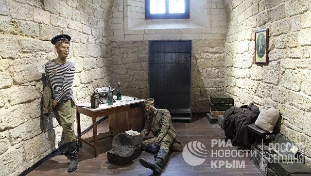 Открытие Константиновской казематированной батареи в Севастополе для посетителей. Одна из музейных экспозиций