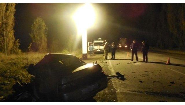 ДТП с участием автомобиля ВАЗ-2110 и бетоновоза Volvo в Крыму
