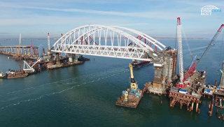 Как выглядит Крымский мост с высоты птичьего полета