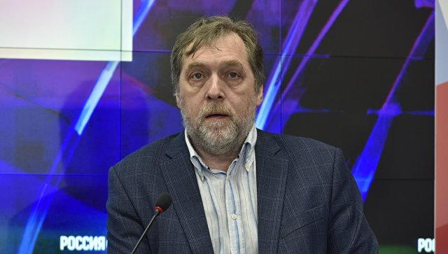 Актер, режиссер Никита Высоцкий
