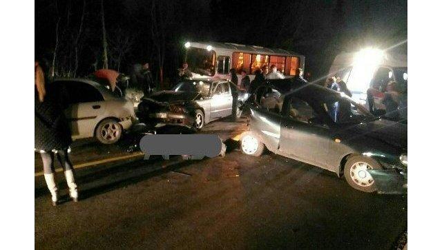 ДТП на трассе Ялта-Севастополь, в котором столкнулись пять авто
