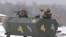 Скриншот с видео о визите гвардейцев Калифорнии в одну из воинских частей Украины