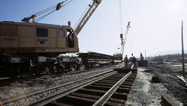 Строительство железной дороги. Архивное фото