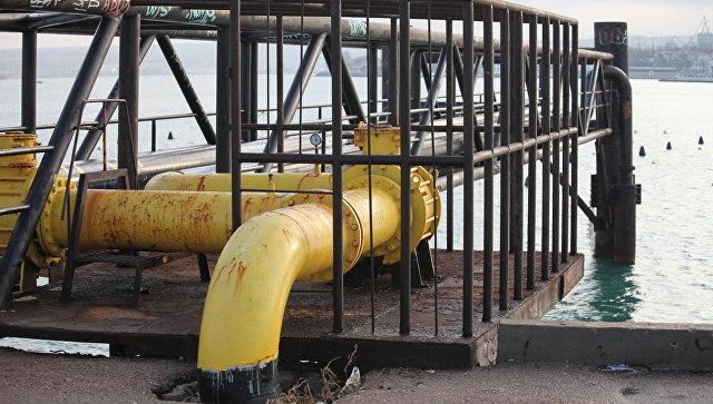 Труба газопровода в Севастопольской бухте