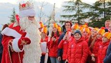 Дед Мороз из Великого Устюга посетил МДЦ Артек