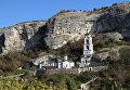 Свято-Успенский пещерный монастырь на территории средневекового пещерного города-крепости Чуфут-Кале в Бахчисарайском районе