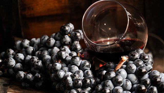 Вино в бокале. Архивное фото