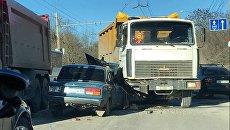 ДТП с участие ВАЗ 2107 и большегруза на трассе Симферополь-Ялта