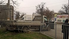 ДТП в Саках с участием грузового автомобиля КамАЗ и бортового грузовика Mersedes