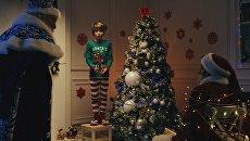 Скриншот с видео на YouTube: Дед Мороз вместо Санта-Клауса: русские хакеры взломали Рождество