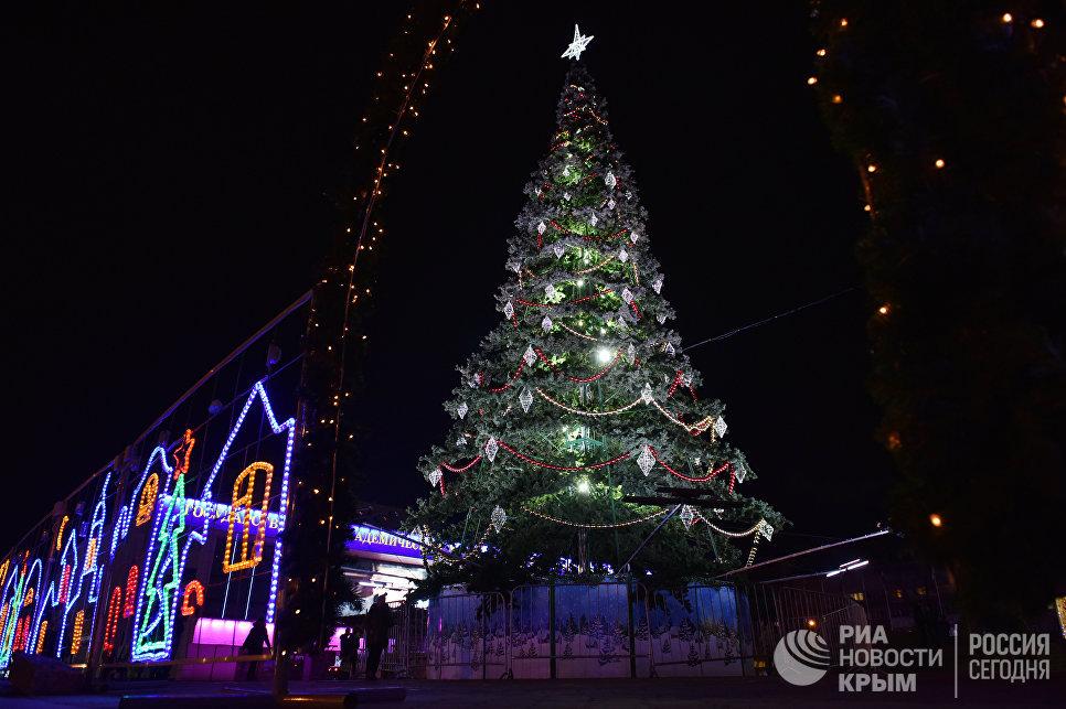 Главная елка Симферополя