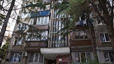 Многоэтажный дом в Ялте, где запустили новые лифты