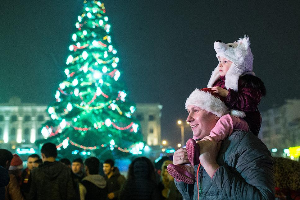 Празднование Нового года в регионах России