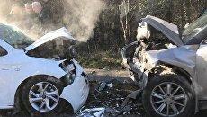 Лобовое столкновение машин на трассе Ялта-Севастополь