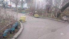 Самовольное ограждение придомовой территории в Евпатории