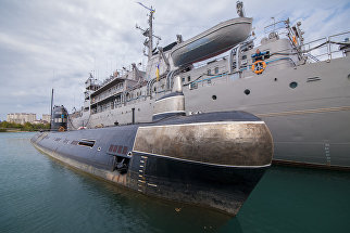 Подлодка Запорожье ВМС Украины в Севастополе, сентябрь 2013 года
