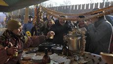 Праздник Широкая Масленица-2011 на Васильевском спуске