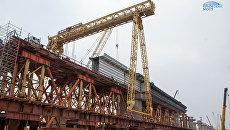 Строители приступили к устройству железнодорожных пролетов Крымского моста