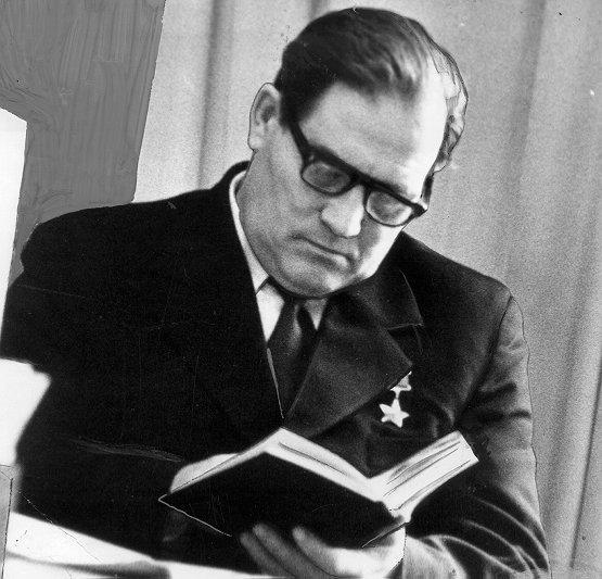 Гости Крымской правды. Михаил Петрович Девятаев, Герой Советского Союза, лётчик