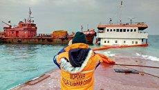 Откачка топлива с сухогруза Берг в Феодосии