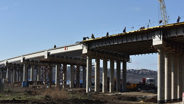 Строительство путепровода в зоне будущей трассы Таврида