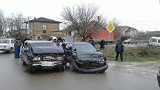Столкновение автомобилей ВАЗ и Daewoo в Сакском районе