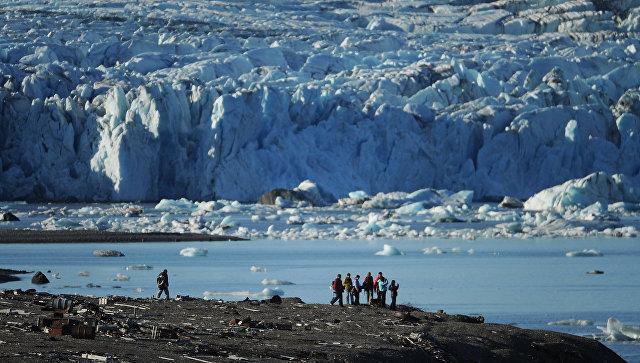 Участники экспедиции на архипелаге Новая Земля