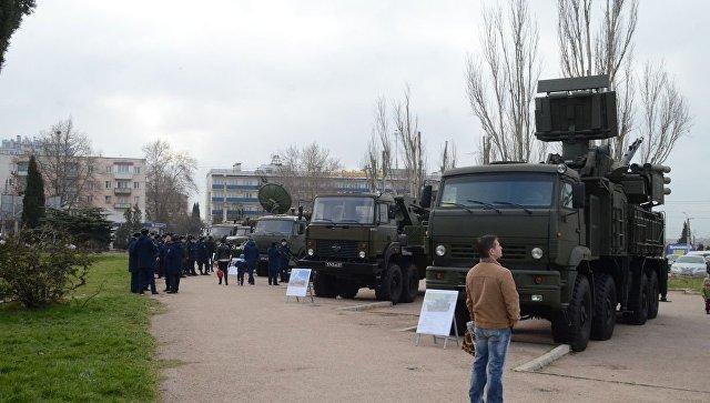 Выставка военной техники в Севастополе