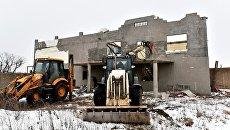 Снос строения на территории самозахвата Стрелковое в Симферополе