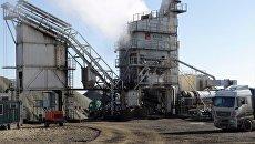 Асфальтобетонный завод, запущенный на строительстве трассы Таврида в Крыму