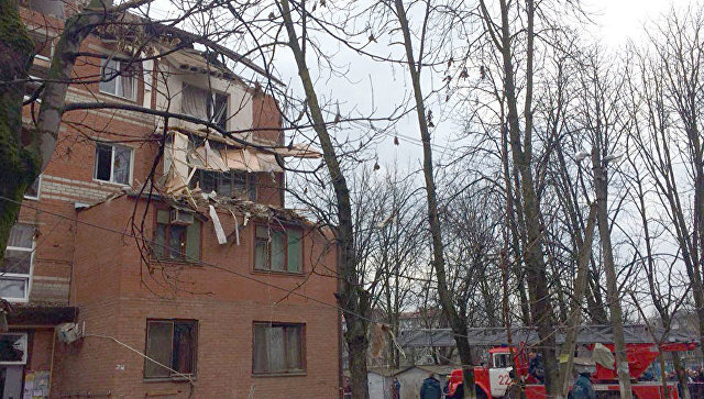 На месте взрыва газа в доме в Краснодаре. 10 марта 2018