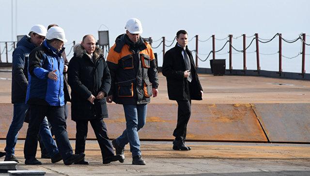Президент России Владимир Путин прибыл на Крымский мост. 14 марта 2018