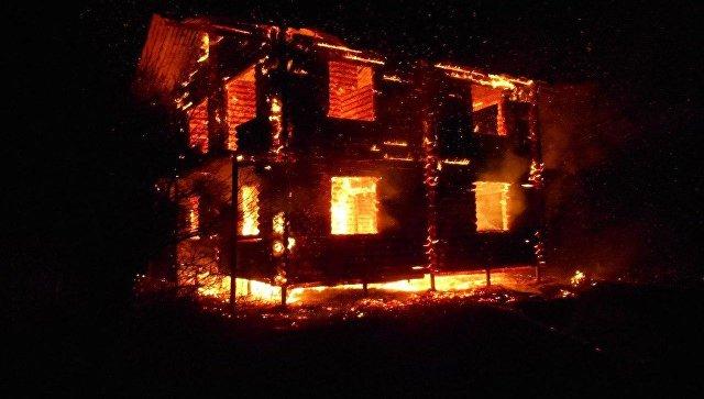 ВПриморском сгорел двухэтажный дом