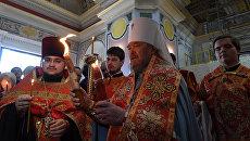 Видео доставки Благодатного огня в Александро-Невский кафедральный собор Симферополя