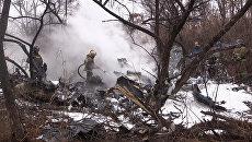 Кадры с места крушения вертолета Ми-8 в Хабаровске