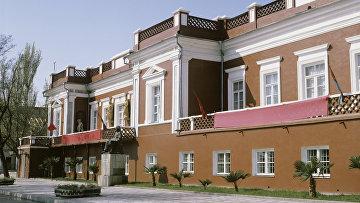 Здание Феодосийской картинной галереи им. И.К.Айвазовского